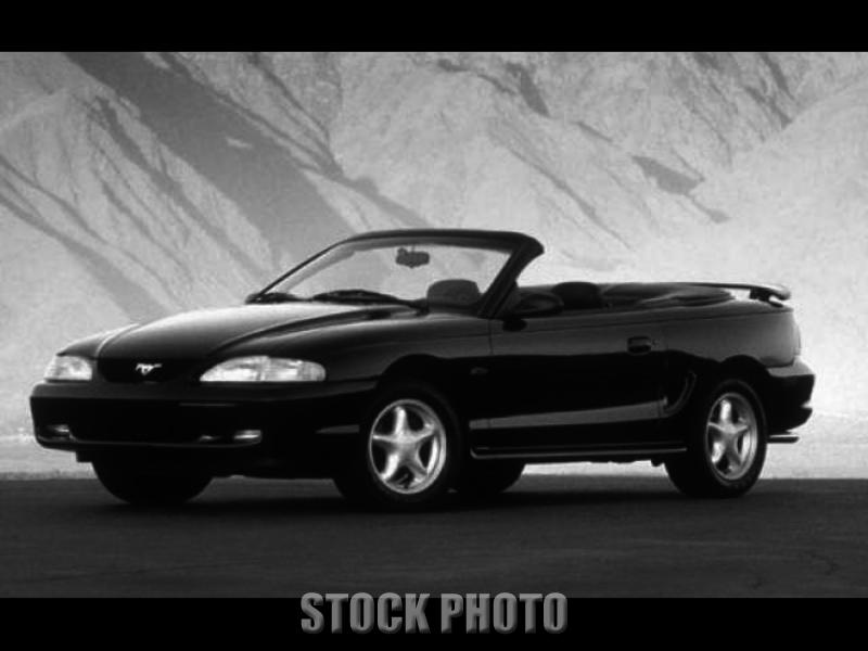 1998 Ford Mustang GT Convertible 2-Door 4.6L