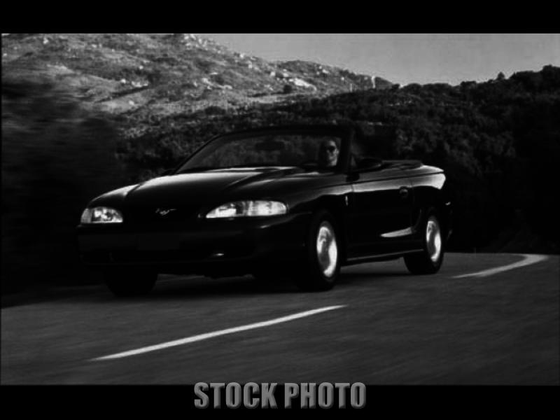 1995 Ford Mustang GT Convertible, Saleen tribute