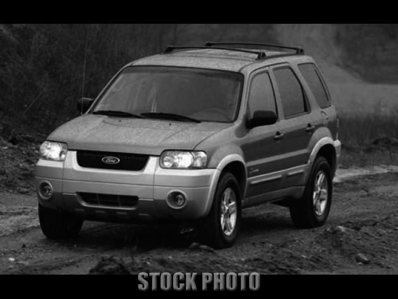 Used 2005 Ford Escape 4 DOOR UTILITY