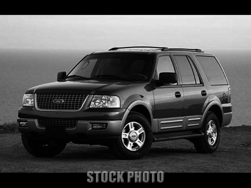 Used 2004 Ford Expedition XLT Sport Utility 4D