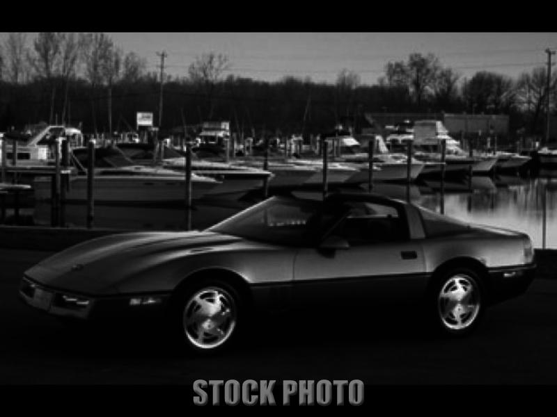 1990 Chevrolet Corvette Hatchback 2-Door 5.7L Red