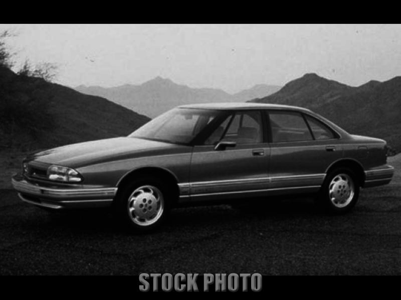 1992 Oldsmobile 88 Royale Sedan 4-Door 3.8L Tagged til Sept 2013