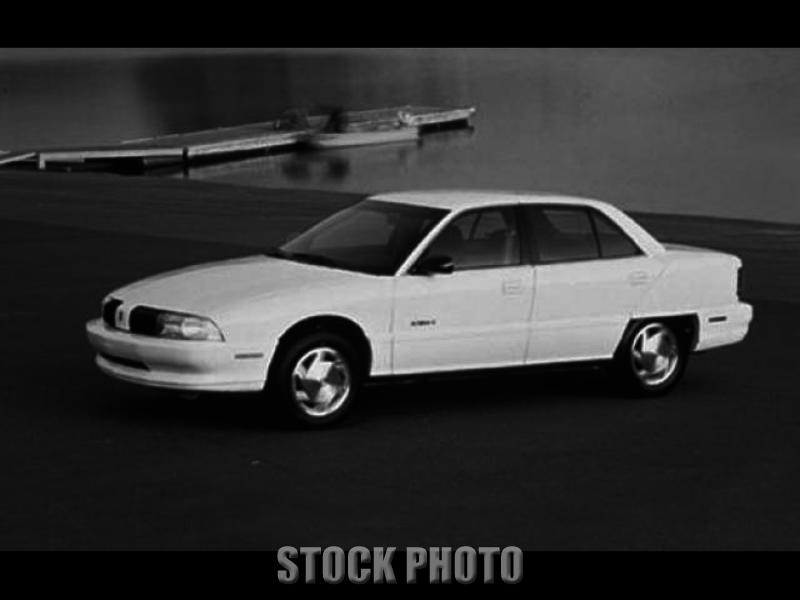 1995 Oldsmobile Achieva S Sedan One owner 49,700 Miles