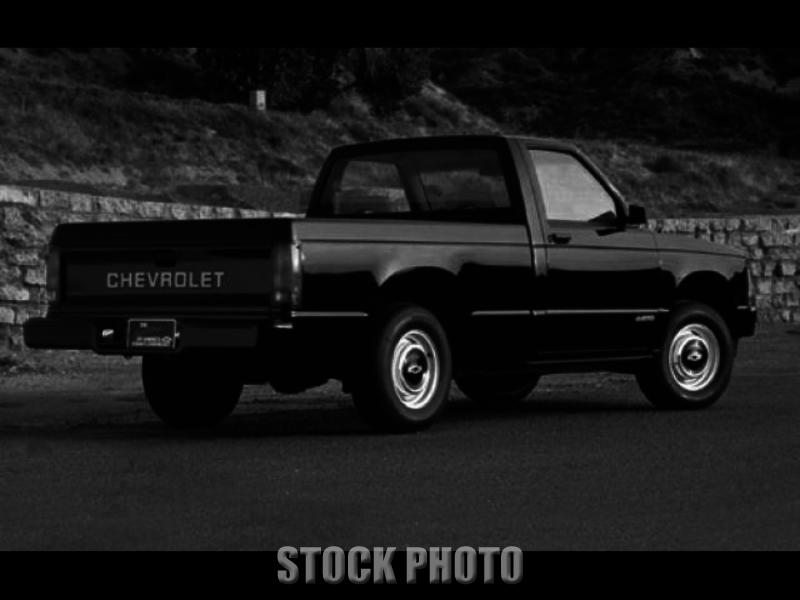 1991 Chevrolet S10 Base Standard Cab Pickup 2-Door 4.3L
