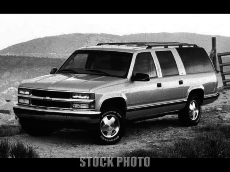 Used 1998 Chevy Suburban V8