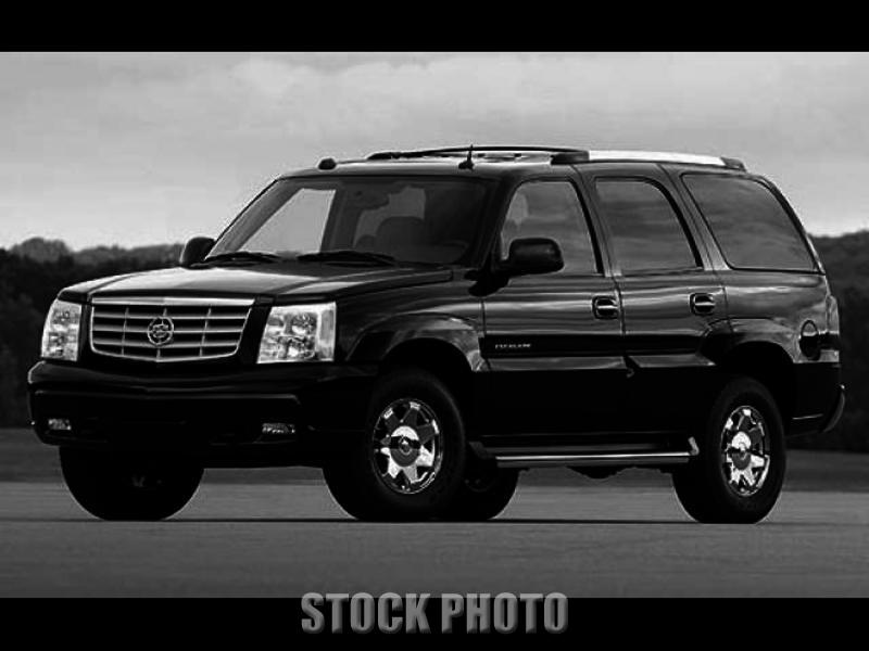 Used 2005 CADILLAC ESCALADE 4dr AWD