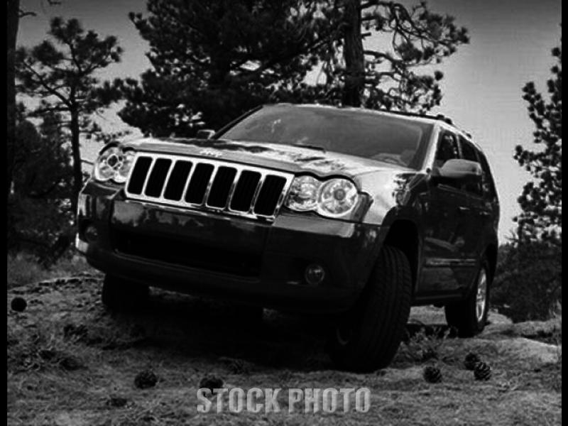 Used 2009 JEEP GRAND CHEROKEE LAREDO