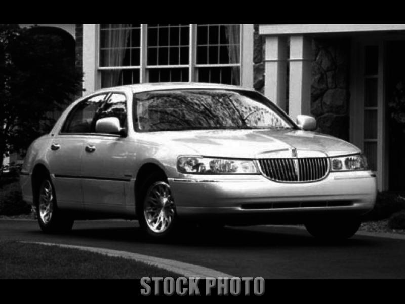 Used 1998 Lincoln Town Car Cartier