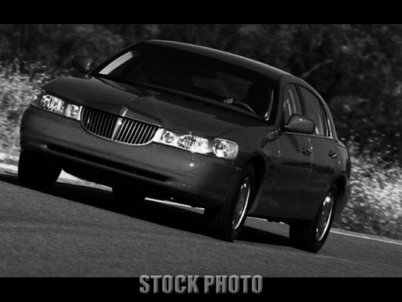 Used 1999 Lincoln Town Car