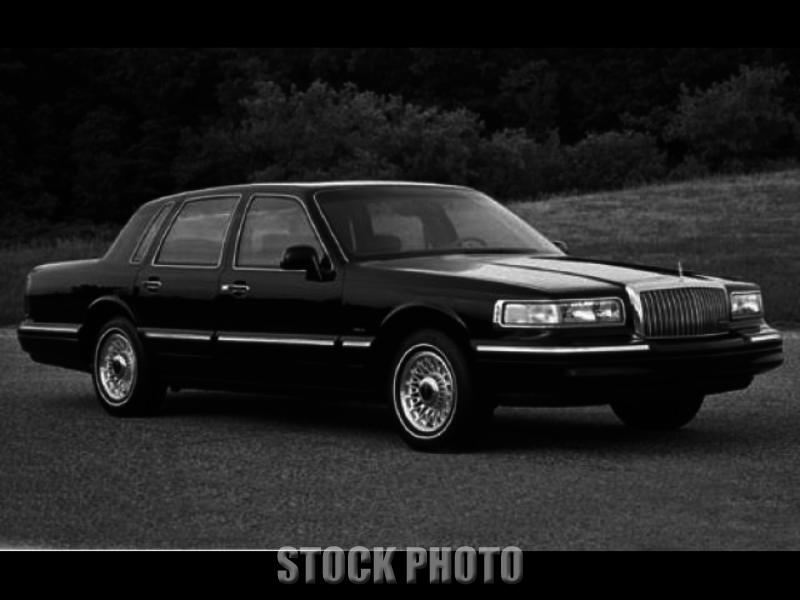 Used 1995 Lincoln Town Car Executive