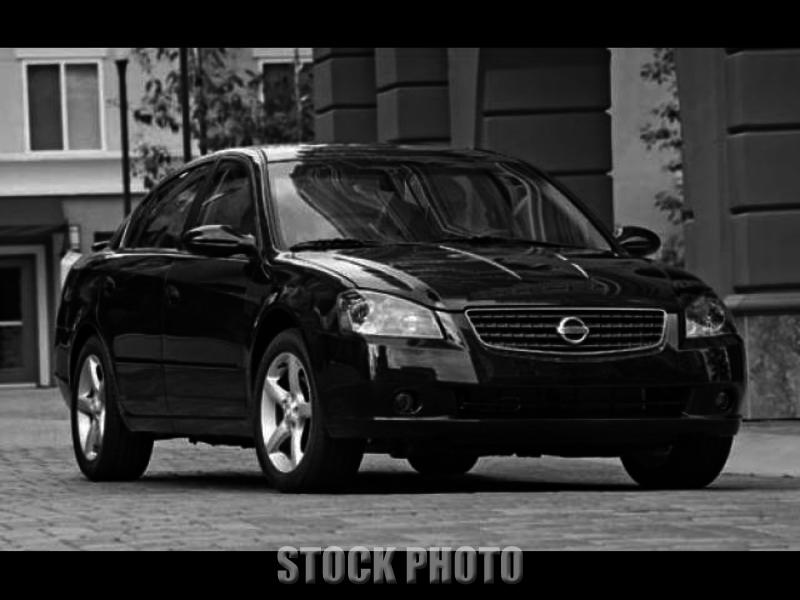 2005 Nissan Altima S Sedan 4-Door 2.5L