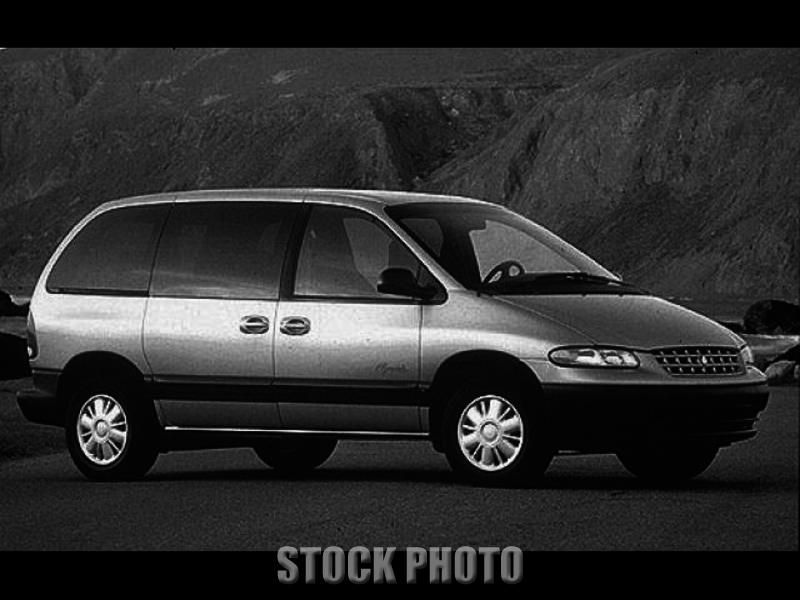 Used 1999 Plymouth Voyager SE