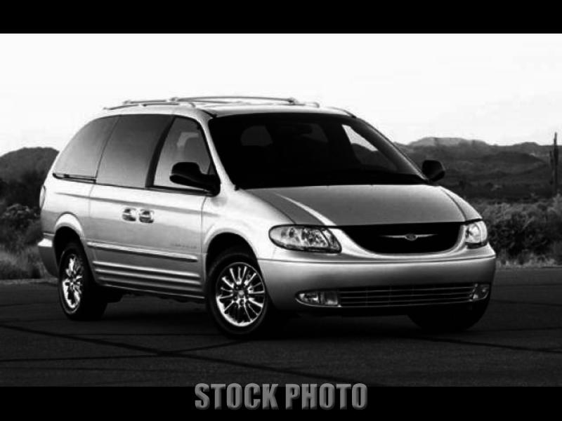 Used 2001 Chrysler Town and Country 4dr Limited FWD
