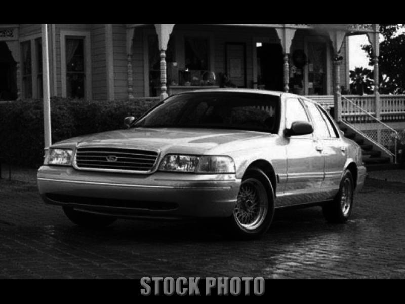 Used 1999 Ford Crown Victoria LX