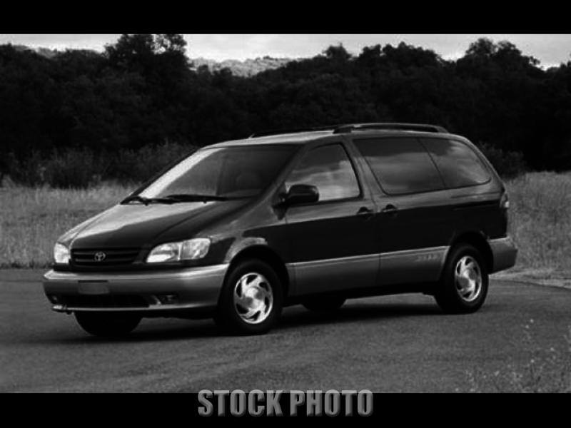 Used 2003 Toyota Sienna CE