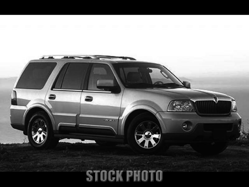 Used 2004 Lincoln Navigator Luxury 4WD