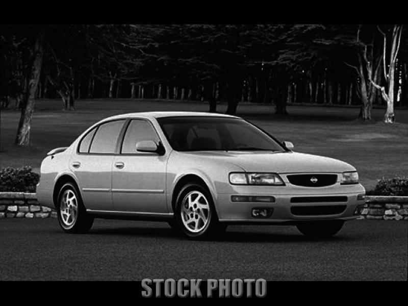 Used 1996 Nissan Maxima SE
