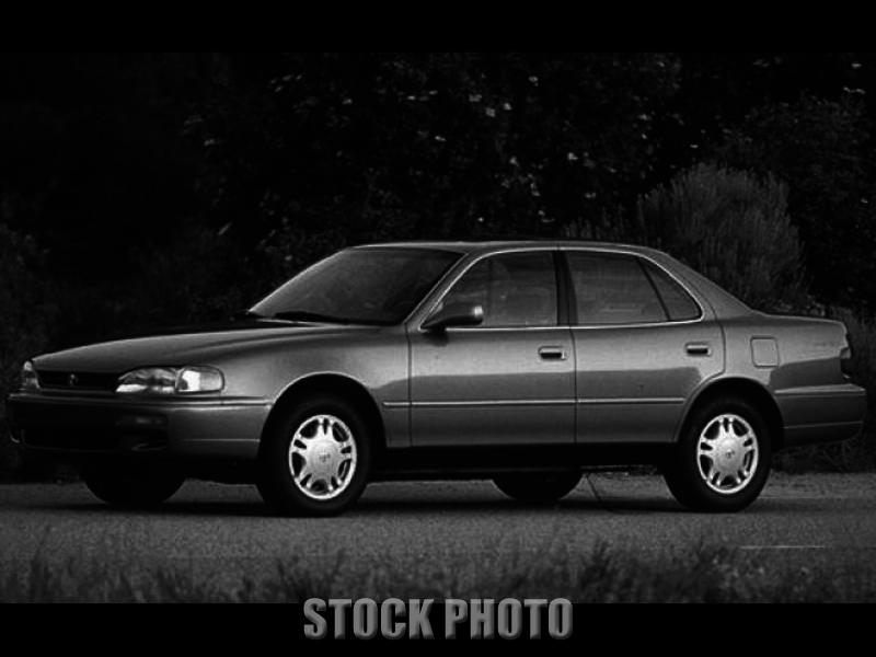 Used 1996 TOYOTA CAMRY