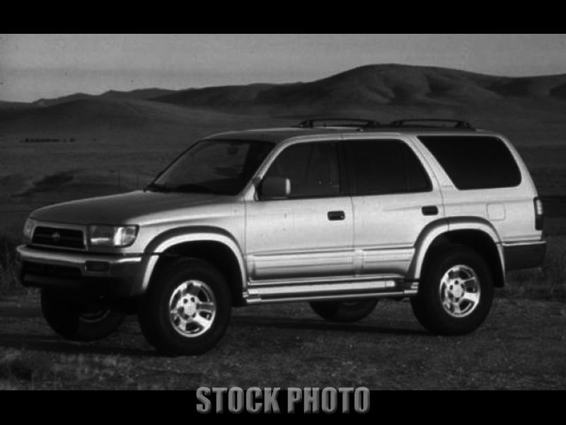 1996 Toyota 4Runner Base Sport Utility 4-Door 2.7L