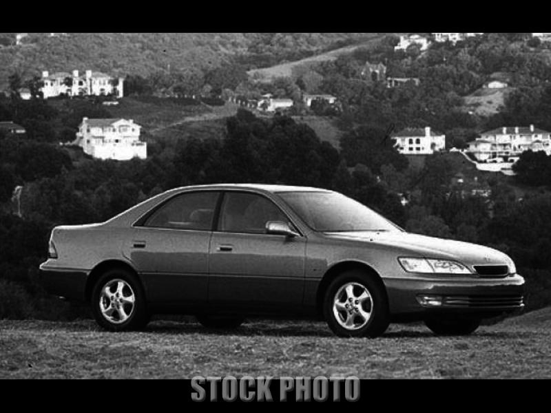 Used 1998 Lexus ES 300 Luxury
