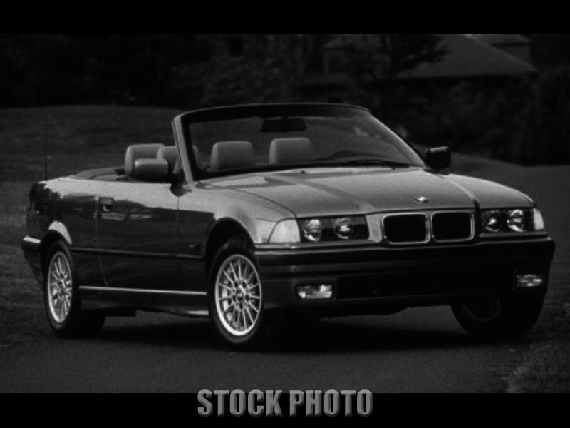 1996 BMW 328i Base Convertible 2-Door 2.8L