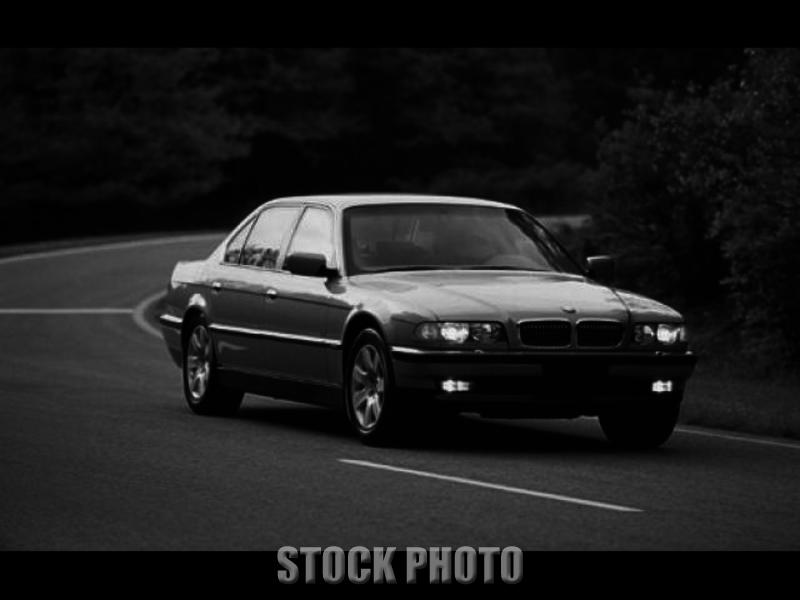 1998 BMW 740i Base Sedan 4-Door 4.4L