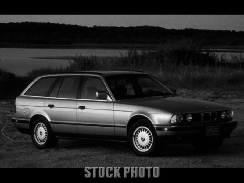 BMW 525i Station Wagon, Automatic,Champaign Color,