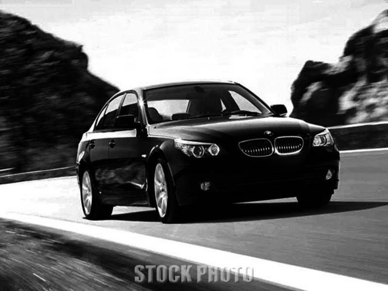 2010 BMW 528i Base Sedan 4-Door 3.0L