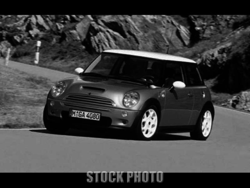 2003 Mini Cooper S Hatchback 2-Door 1.6L