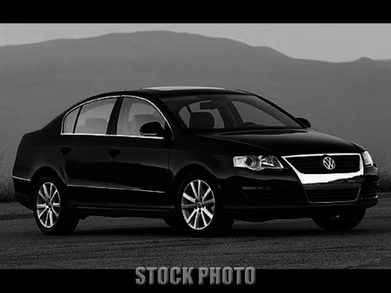 Used 2007 Volkswagen Passat 2.0T Sedan 4D