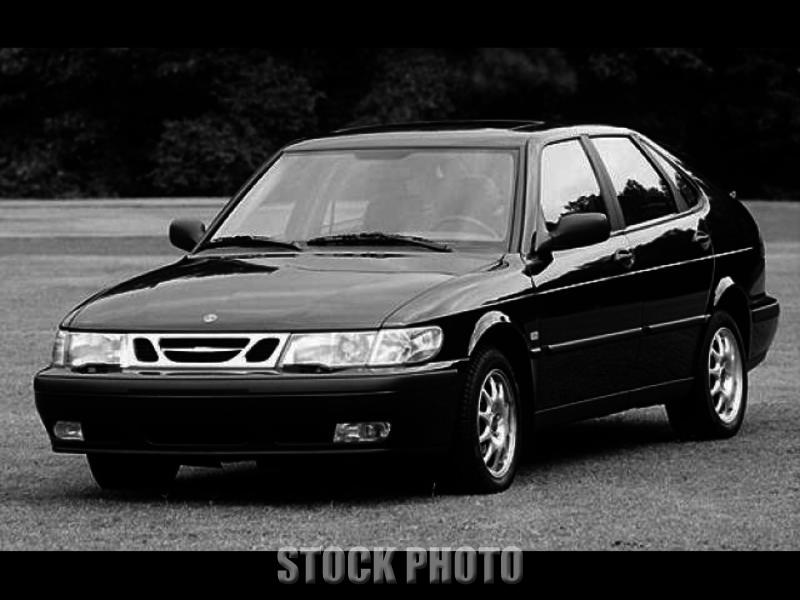 Saab 9-3 2L Hatchback, 4 door, Sunroof  2000